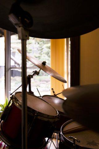 趣味のジャズのためのドラムセット